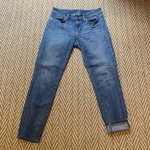 Ann Taylor LOFT curvy skinny crop jeans size 0